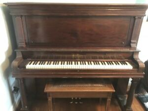 Stand Up Kroeger Piano