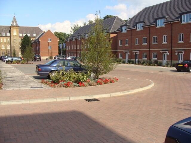 Two double Bedrooms & Two Bathrooms Apartment located in Academy Place ,Osterley