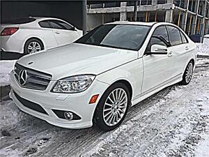 2010 Mercedes-Benz C-Class C250 4MATIC - LEATHER SUNROOF