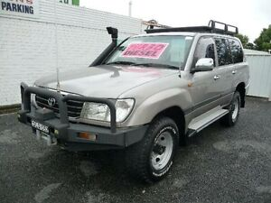 2001 Toyota Landcruiser HZJ105R GXL (4x4) Silver 5 Speed Manual 4x4 Wagon Nowra Nowra-Bomaderry Preview