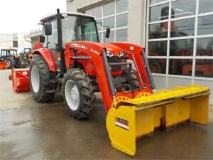 2013 MASSEY FERGUSON 4609 WITH LOADER EXT BLADE AND SNOWBLOWER