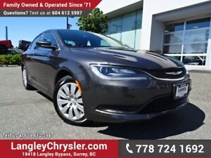 2016 Chrysler 200 LX *ACCIDENT FREE*ONE OWNER*LOCAL BC CAR*