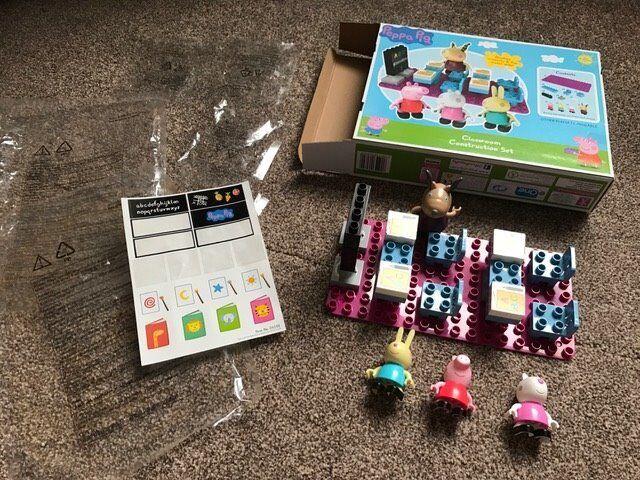 Peppa Pig Lego Classroom Construction Set in original box with ...
