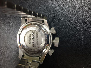 Invicta watch BOLT Model 11600 montre metalique stainlesteel