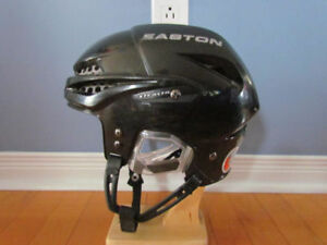 CASQUE DE HOCKEY ou  Patinage EASTON S9 ajustable pr Enfants.