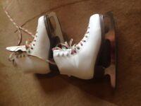 Ice skates Girl's size 3