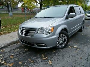 2013 Chrysler Town & Country Touring CUIR