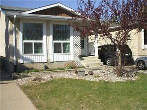 HOUSE FOR $1300 IN MILLWOODS