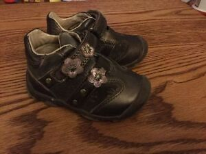 Toddler Size 5 Beeco Shoes Kingston Kingston Area image 2