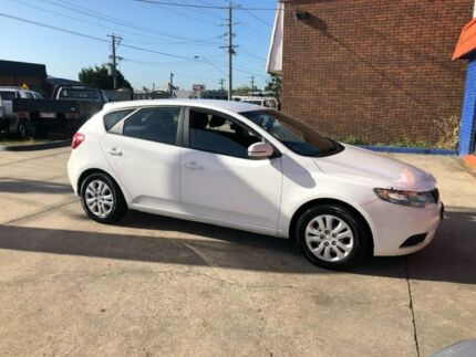 2012 Kia Cerato TD MY12 S White 6 Speed Sports Automatic Hatchback Bayswater Knox Area Preview