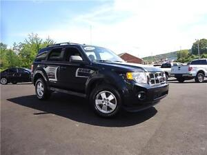 2009 FORD ESCAPE XLT, 4WD, 4 CYL, ONLY 89KM