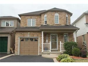 Newer detached home for rent in lovely family neighbourhood