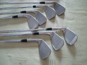 Tommy Armour  845 V-31 Mens R.H. Stiff/Titleist 990 DCI set West Island Greater Montréal image 2