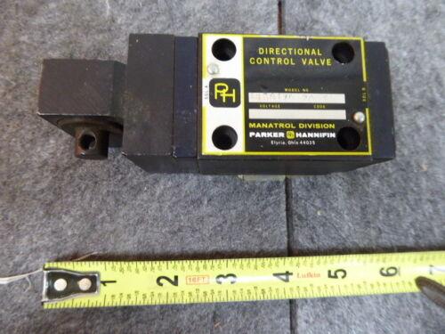Parker Directional Control Valve 4MD01ZD20FK NEW