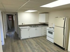 *REDUCED* 50 Simon Fraser Blvd W *UTILITIES INCLUDED*RENOVATED*
