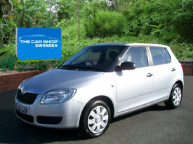SKODA FABIA 1.2 1 TWO OWNERS 5 DOOR (brilliant silver) 2009
