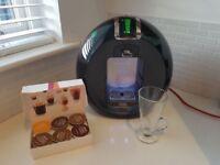Nescafe Dolce Gusto Coffee Maker - Coffee pods - DeLonghi Circolo Automatic model. Coffee Machine