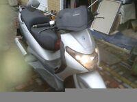 125 piaggio scooter