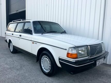 1990 Volvo 240 B230F GL White 4 Speed Automatic Wagon