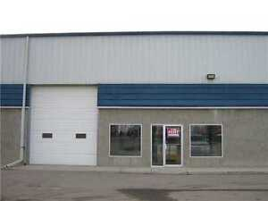 Warehouse/ Over head Bay Storefront Wanted
