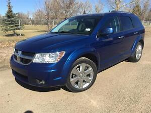 2009 Dodge Journey R/T    **LEATHER-NAV-SUNROOF**