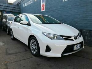 2015 Toyota Corolla ZRE182R Ascent White 6 Speed Manual Hatchback Glebe Hobart City Preview