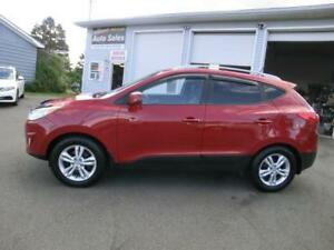 2013 Hyundai Tucson GLS ALL WHEEL DRIVE LOADED 1 OWNER