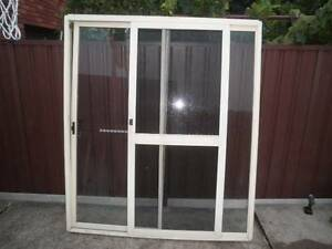 aluminium sliding door & 7 windows good condition Liverpool Liverpool Area Preview