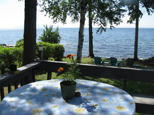 Completely furnished waterfront home on Lake Superior