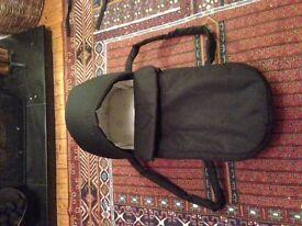 brio carry cot