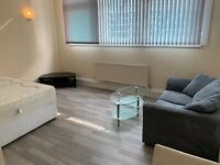 Studio available from now in City Centre
