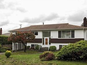Central Location Whole House for Rent in North Vancouver