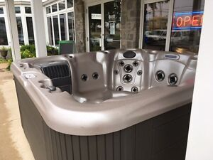 Hot Tub Sale!! Spa Deal!!! Tub SALE!!!