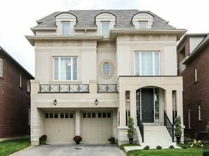 Large detached house in Vaughan