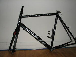 Sell/Exchange Fetish Cycles Frame (58cm) ,Carbon Fork