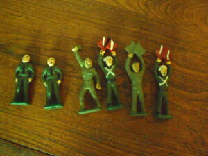 OLD CAST IRON TOY SOLDIERS
