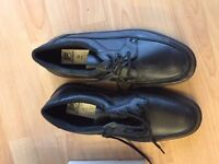 MENS PROTECTIVE SAFETY WORK SHOES PRECISION BLACK SIZE 10 EU 44 BRAND NEW BOXED