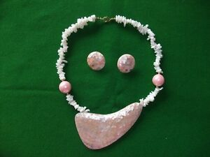 Peach coloured Necklace 19 inches long with matching Earrings
