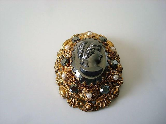 Oval Hematite Color Cameo Lady Pin Brooch Faux Pearls Rhinestones Germany