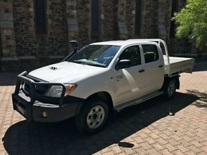 2006 Toyota Hilux KUN26R 06 Upgrade SR (4x4) White 5 Speed Manual Dual C/Chas Kent Town Norwood Area Preview