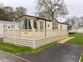Immaculate Static Caravan with decking in Dawlish Devon Park open 11.5 months