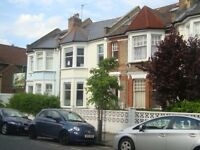AFFORDABLE THREE BEDROOM FLAT ON BUVERIE ROAD N16! MUST BE SEEN!