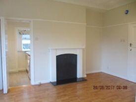 3 bedroom unfurnished cottage flat, Cardonald, £595pcm