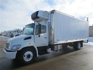 2010 HINO 358 - 24 FT REEFER TRUCK WITH LOW HOURS