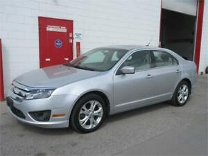 2012 Ford Fusion SE~POWER SUNROOF~LOW KM'S~ $ 7,999!!!