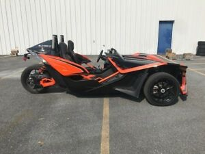 2018 POLARIS SLINGSHOT SLR ORANGE MADNESS / 89$/sem