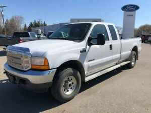 2001 Ford Super Duty F-250 XLT *CUSTOM TAILGATE* HITCH INCLUDED*