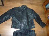 Great quality Leathers, Jacket and Trousers.
