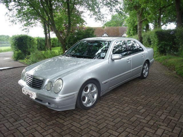 Mercedes benz e class 3 2 e320 cdi avantgarde 4dr tip auto for 2001 mercedes benz e320