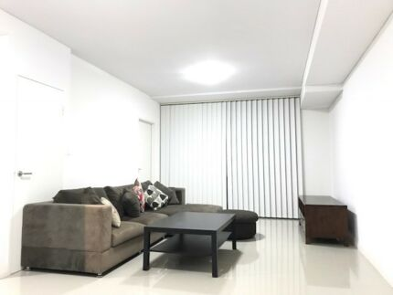 CHURCH AVE MASCOT FULLY FURNISHED APARTMENT ROOM FOR RENT